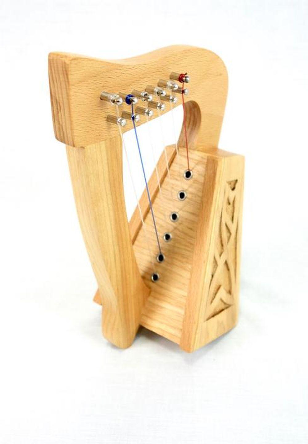 EMS 6 String Knee Harp: Knee Harp
